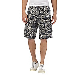 Mantaray - Blue leaf print linen blend cargo shorts