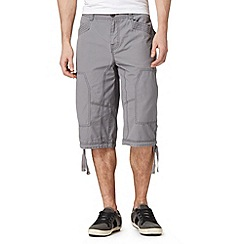 Mantaray - Grey three quarter length cargo shorts