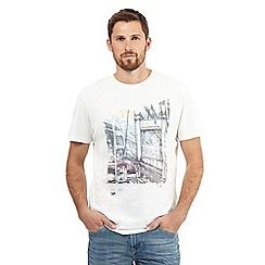 Mantaray - Off white San Francisco print t-shirt