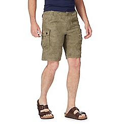 Mantaray - Green leaf print cargo shorts