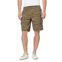 Mantaray - Khaki camo print cargo shorts