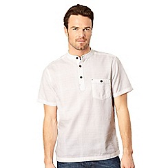 Mantaray - White grid-textured short sleeve shirt