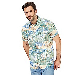 Mantaray - Big and tall multi-coloured vintage island print shirt