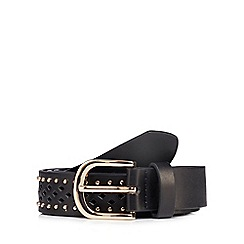 Mantaray - Black cut out studded belt