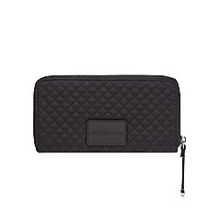 Red Herring - Black quilted purse