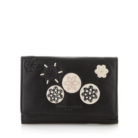 Bailey & Quinn - Black leather +Kew+ medium flapover purse