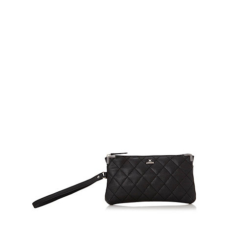 Fiorelli - Black quilted wristlet bag
