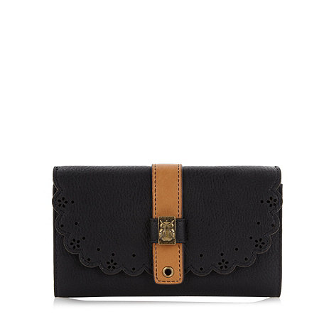 Mantaray - Black scalloped owl purse