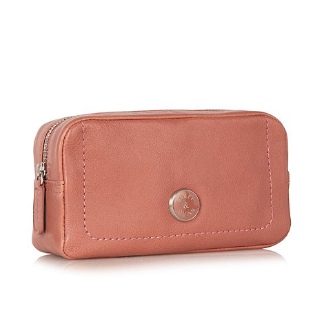 Bailey & Quinn - Pink leather +Cumbria+ make up bag