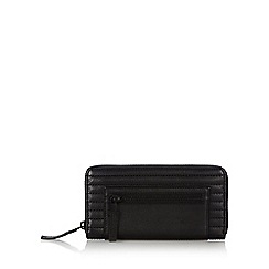 Todd Lynn/EDITION - Designer black leather stitched zip around purse