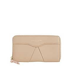 Bailey & Quinn - Camel 'Senna' leather pleated large purse