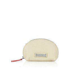 Bailey & Quinn - Cream leather dome coin purse