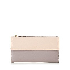 Bailey & Quinn - Light pink 'Azami' leather flap over large purse