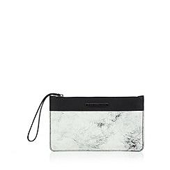 Todd Lynn/EDITION - Designer black leather cracked clutch bag