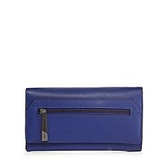 Todd Lynn/EDITION - Blue zip front  flap over purse