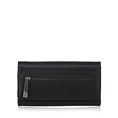 Todd Lynn/EDITION - Black zip front flap over purse