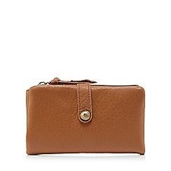 Mantaray - Tan soft leather-effect purse