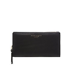 Bailey & Quinn - Black large zip around purse