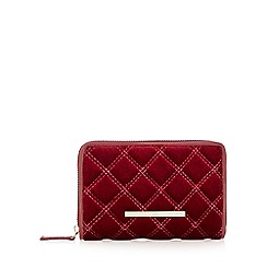 Red Herring - Dark red velour quilted purse