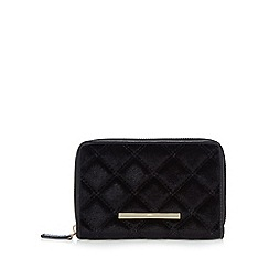 Red Herring - Black velour quilted purse