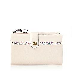 Mantaray - Light pink floral trim purse