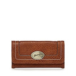 Mantaray - Tan contrast stitch large flap over purse