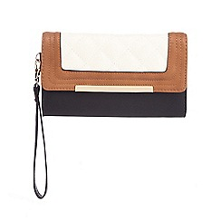 Call It Spring - Tan 'Range' colour block quilted purse