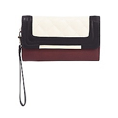 Call It Spring - Dark red 'Range' colour block quilted purse