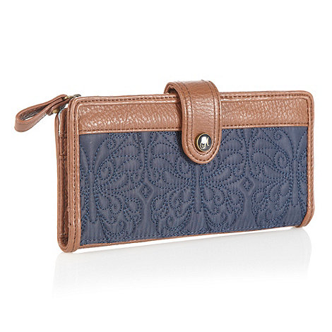 Mantaray - Navy butterfly quilted purse