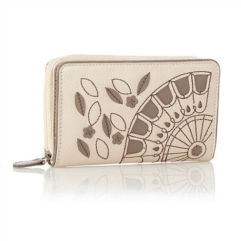 Bailey & Quinn - Cream cut out fan leather purse