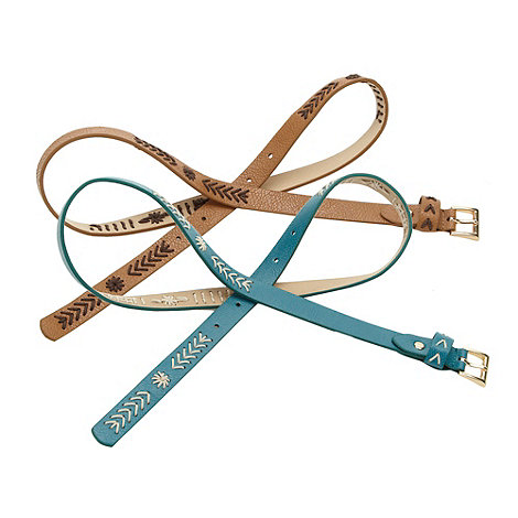 Mantaray - Pack of two stab stitched faux leather skinny belts