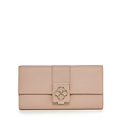 Bailey & Quinn - Light pink logo tab large flap over purse