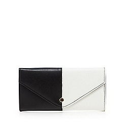 Red Herring - White monochrome purse