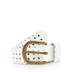 Mantaray - White floral cut-out print belt
