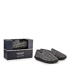 Maine New England - Grey slippers in a gift box