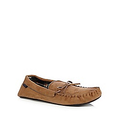 Totes - Tan suedette moccasin slippers in a gift box