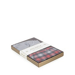 Gant - Grey and red checked top and bottoms pyjama set in a gift box
