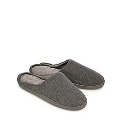 Totes - Grey waffle textured mule slippers