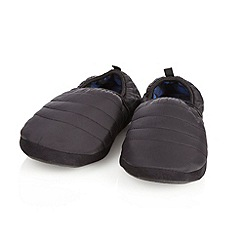 Weatherproof - Black padded carpet slippers