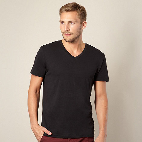 Red Herring - Black plain V neck t-shirt