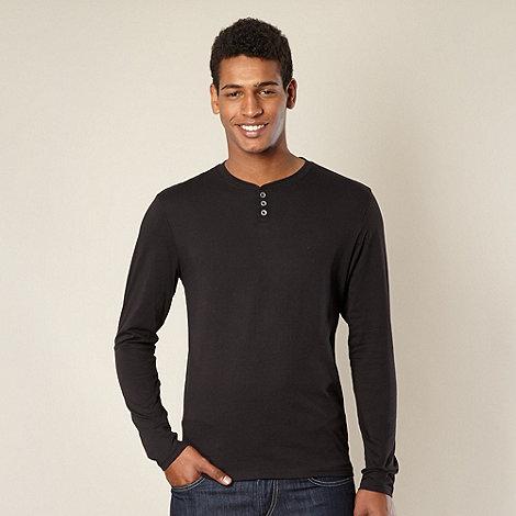 Red Herring - Black long sleeved top