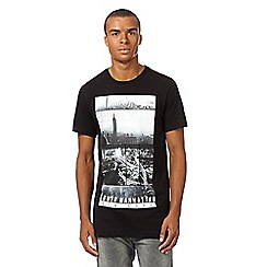 Red Herring - Big and tall black photographic new york t-shirt