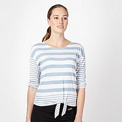 Pineapple - Blue striped tie detail top