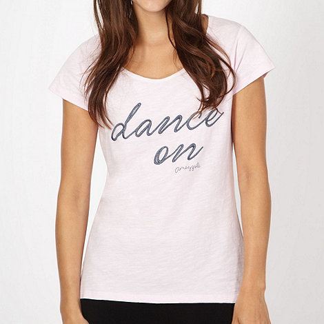 Pineapple - Light pink +Dance+ embroidered t-shirt