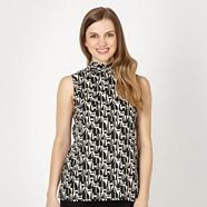 Black high neck geo shell top
