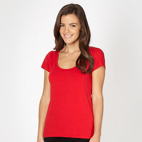 Red Herring - Red scoop neck t-shirt