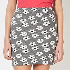 Red Herring - Black daisy jacquard skirt