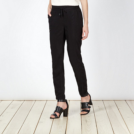 Red Herring - Black relaxed tapered trousers