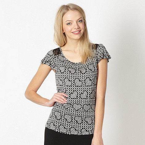 Red Herring - Black lace insert heart top