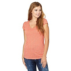 Red Herring - Peach spotted V neck t-shirt